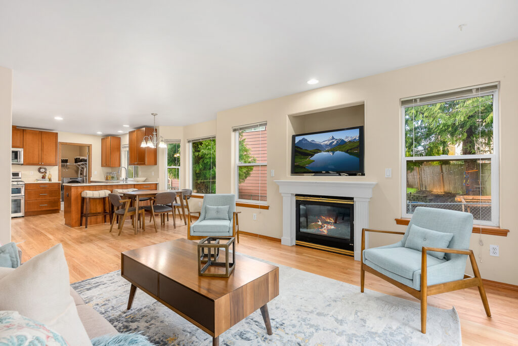 For Sale Lynnwood: 3733 Lincoln Way